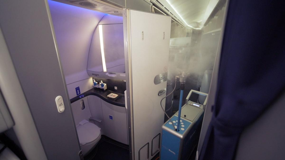 Page 12 - United adds antimicrobial spray to cabin-cleaning measures