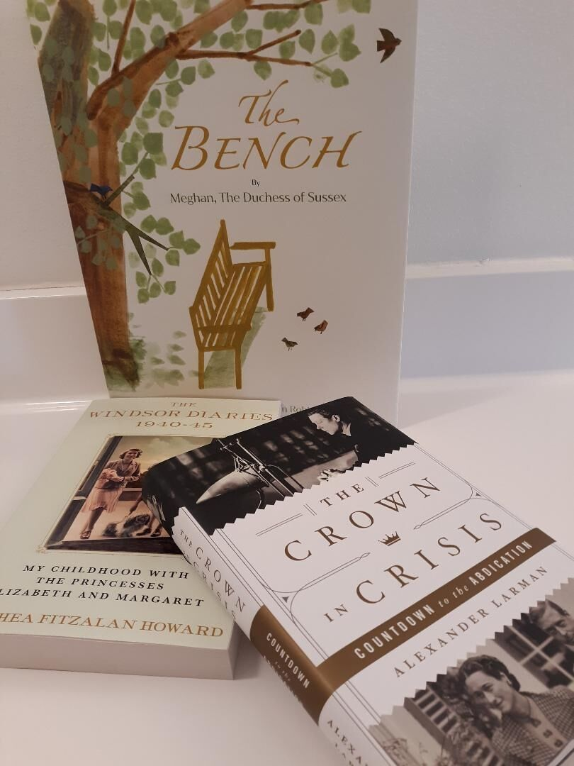 'The Bench' is nostalgic and perfect for cozy afternoon