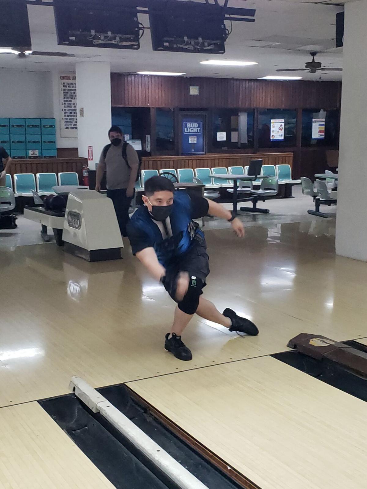 Leon Guerrero, Bamba strike to September title