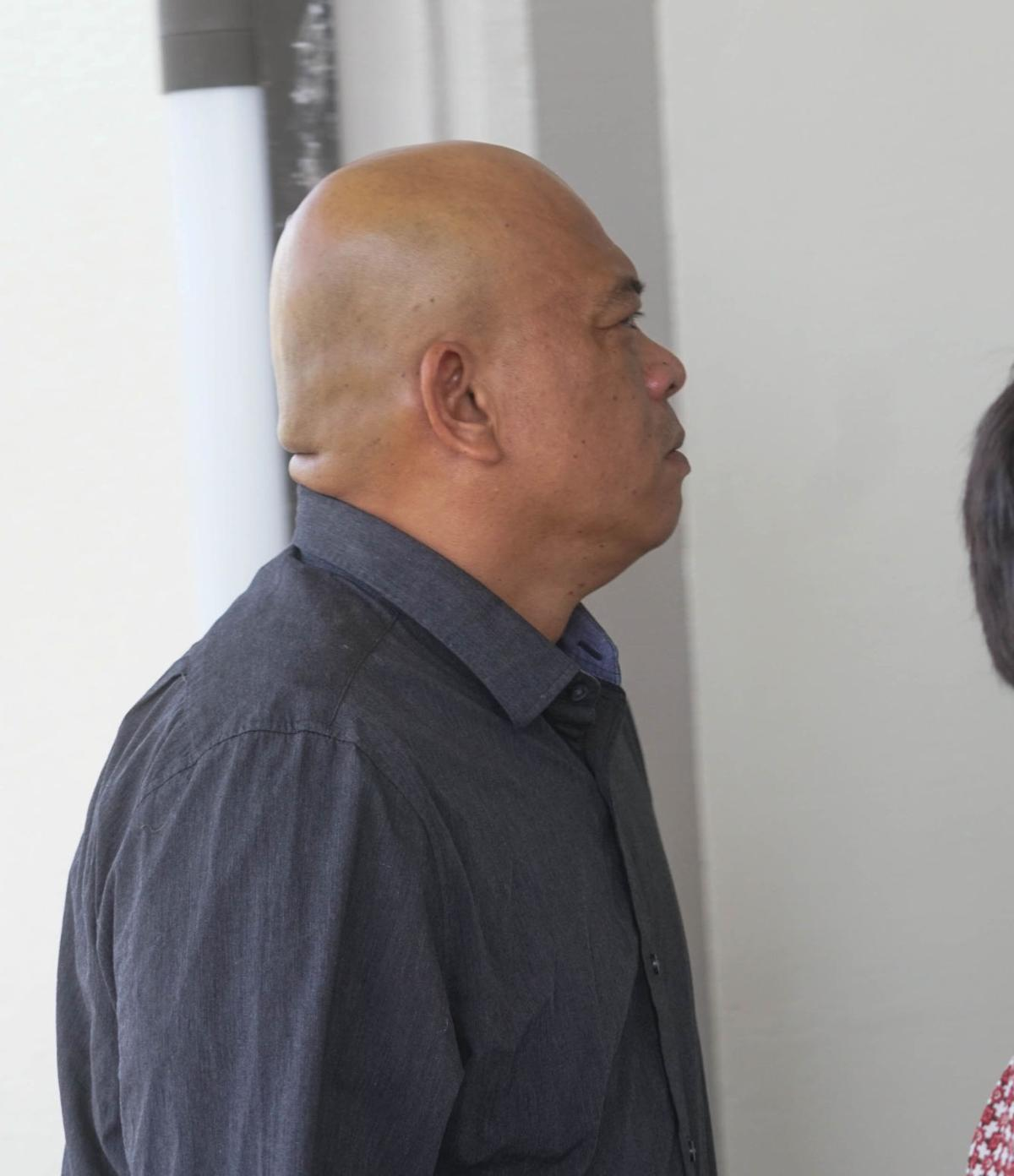 Ex-Customs agent 'turned a blind eye'