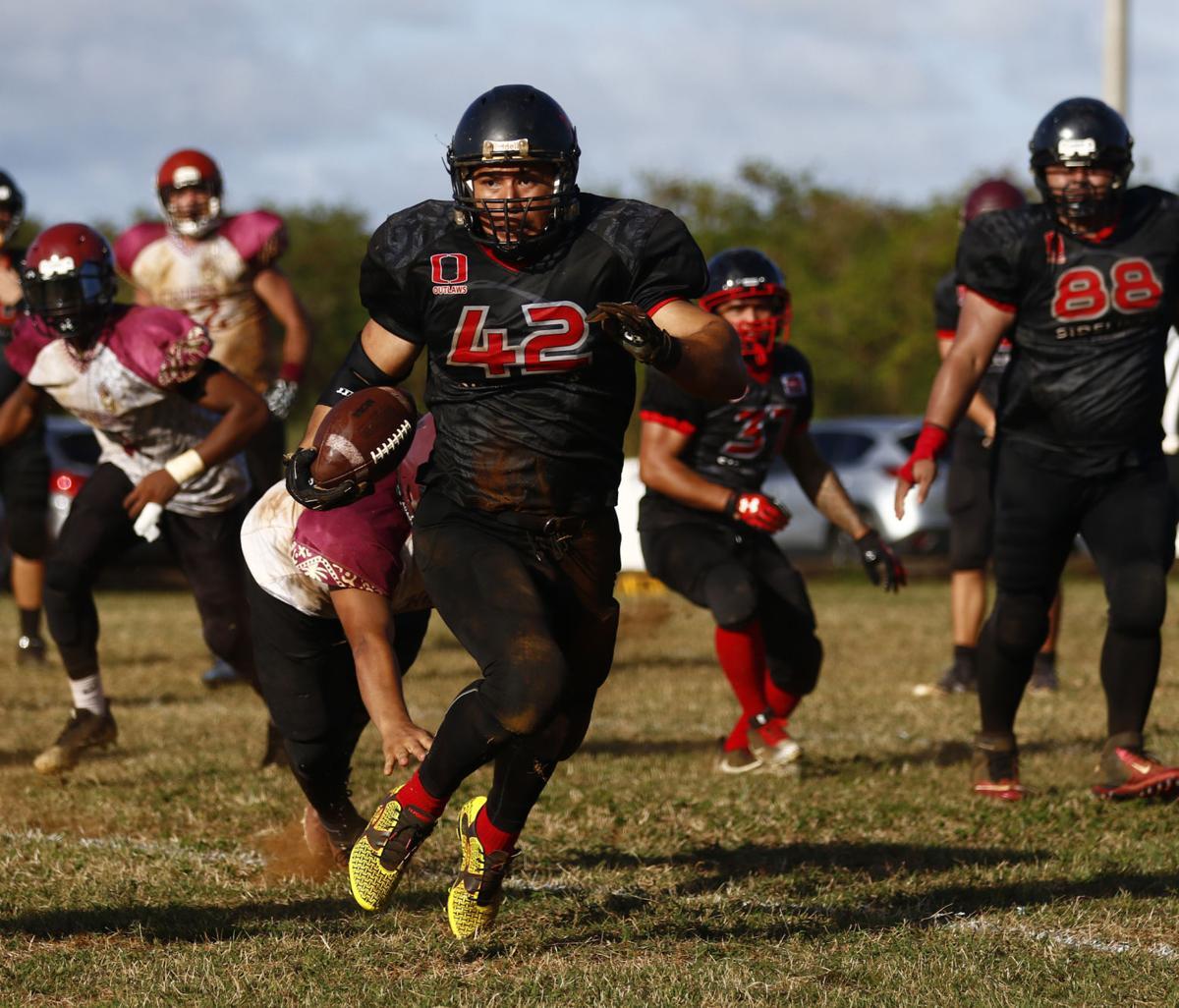 Outlaws blitz Chiefs 21-14 | Guam Sports | postguam com