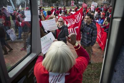 Virginia aims to stem teacher shortage