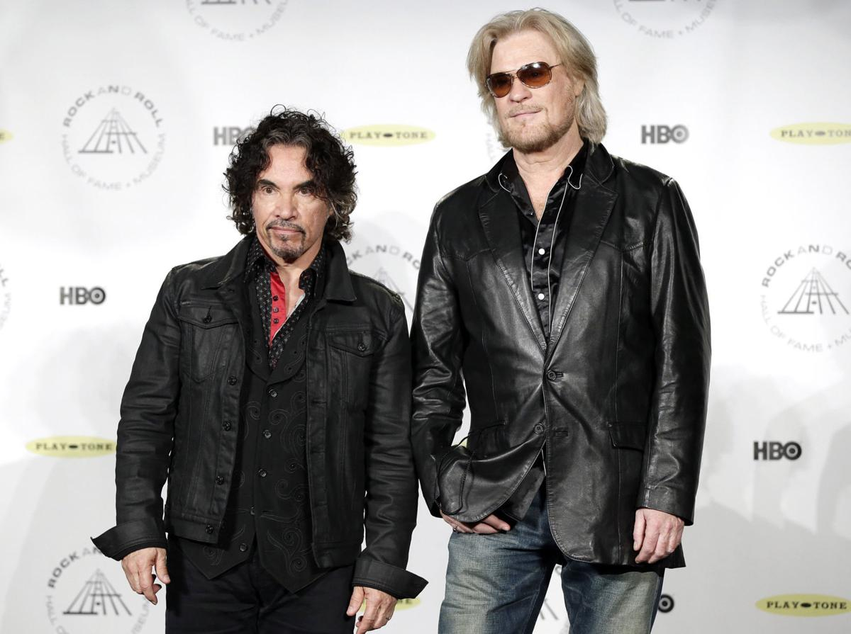 Hall oates diverge over touring lifestyle postguam hall oates diverge over touring m4hsunfo