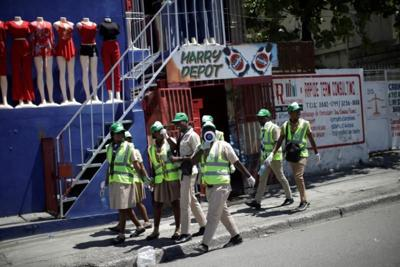 Haiti's scouts setting up mobile hand-washing sinks