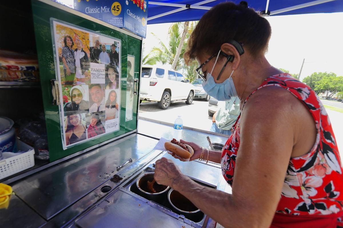 Evelyn Ungacta's hot dog stand is back