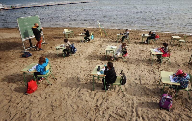 In Spain, children swap classrooms for beach lessons