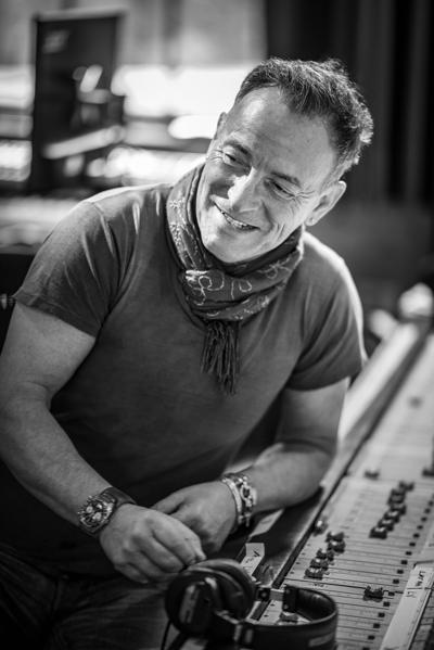 'Bruce Springsteen's Letter to You' celebrates E Street 'comrades in amps'