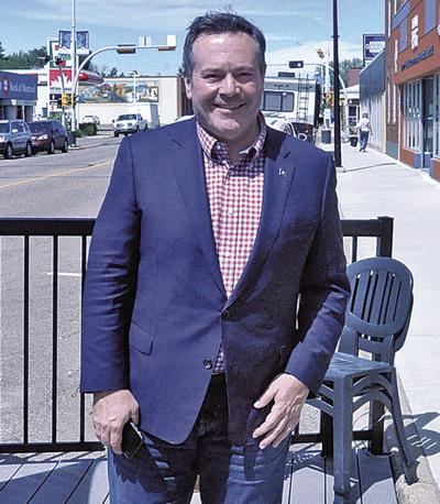 Kenney on tour of Southern Alberta