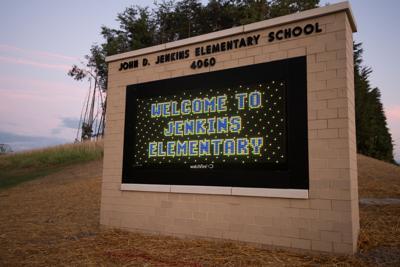 John_Jenkins_Elementary_School_Ribbon_Cutting__S519690_Digi.JPG