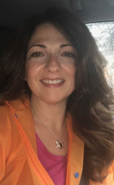 Elena Schlossberg