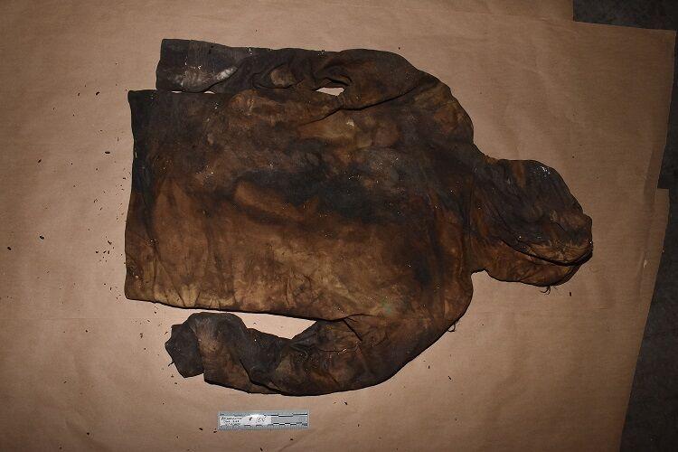 Clothing - Sweatshirt.jpg body found at American Recycling Center