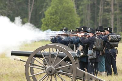 Artillery demonstration at Manassas National Battlefield Park
