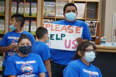 Asphalt plant opponents at board of supervisors' meeting