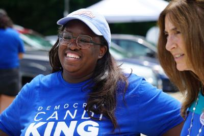 Candi King talks with voters