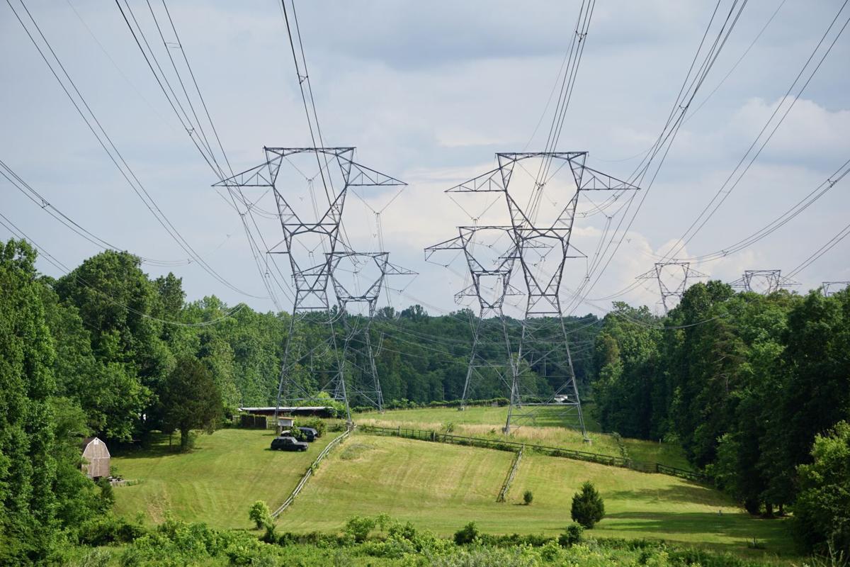 Photo_News_DigitalGateway_powerlines.jpeg