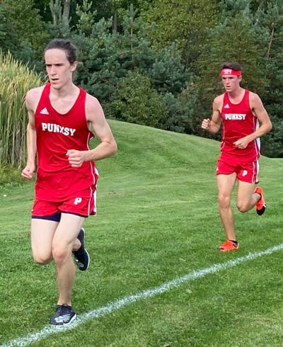 Boys cross country defeats St. Marys at home 21-36