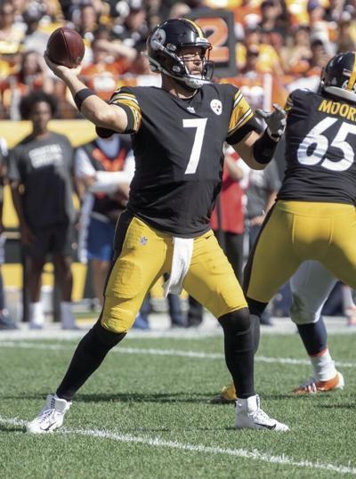 Roethlisberger throws 2 TDs, Steelers top Broncos 27-19