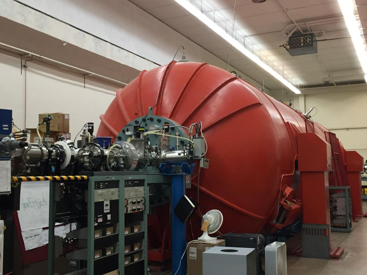 uses mass spectrometry radioactive dating Accelerator mass spectrometry (ams) is a sensitive and specialized type of mass on radioactive decay: 14c, k-ar, and 40ar/39ar advances in accelerator mass radiocarbon dating, now in its fifth decade of general use, is a primary tool.