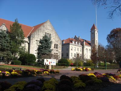 7/27/15 Indiana University student building
