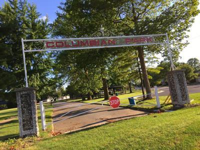 6/15/17 Columbian Park, Entrance Sign