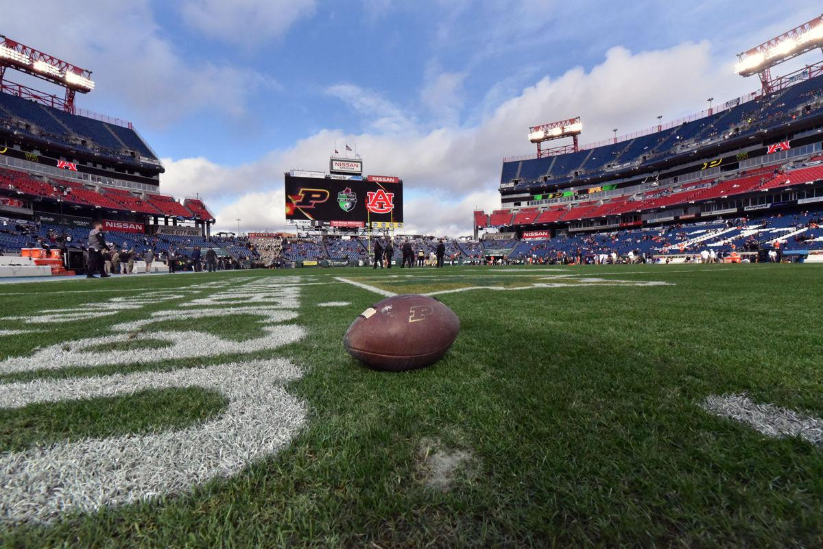 122818 Music City Bowl Behind The Scenes Football