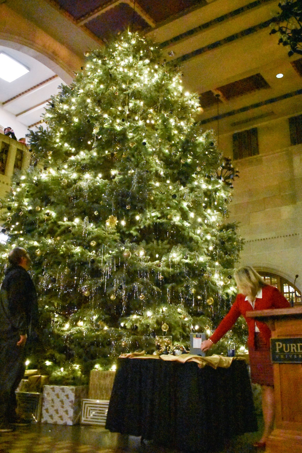 12/3/19 Union Christmas Tree Lighting, Beth McCuskey