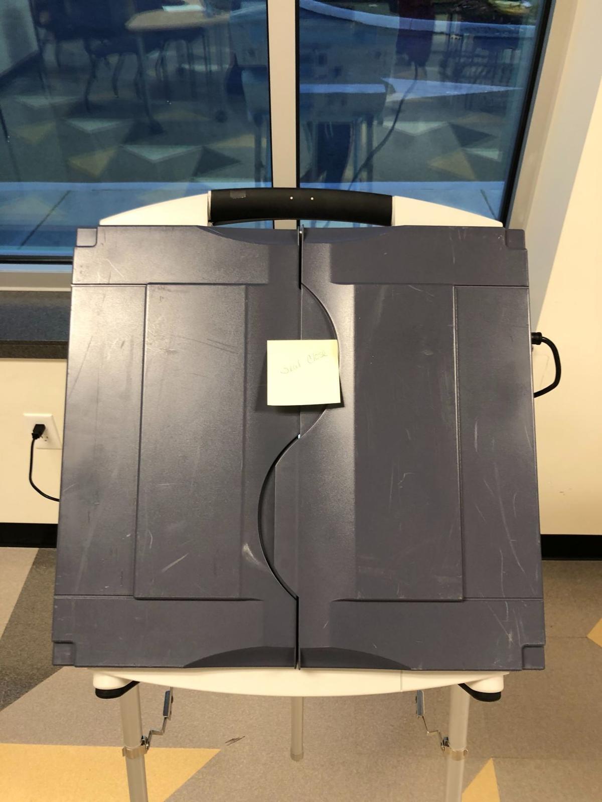 11/5/19 Happy Hollow, broken polling machine