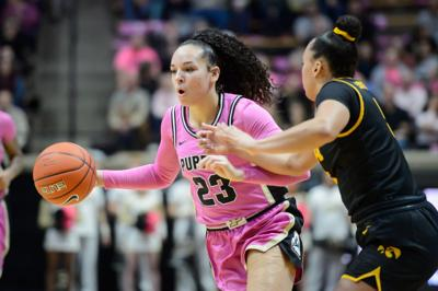 2/9/20 Iowa Halftime, Kayana Traylor