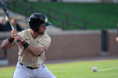 4/23/19 Baseball vs Chicago State, Skyler Hunter