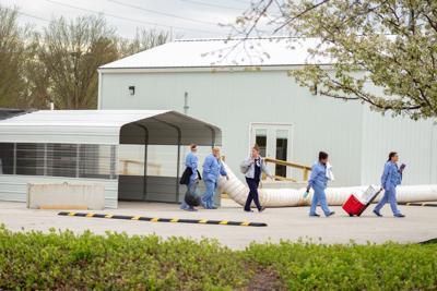 4/20/20 Hospital, workers leaving
