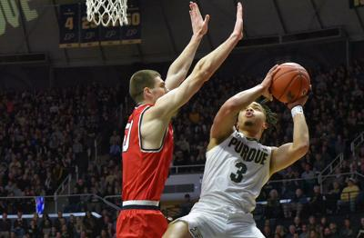Purdue Men S Basketball Boilers Hold Off Bruins For 73 62 Win