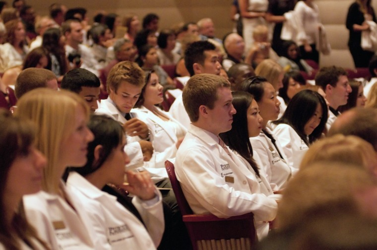 College of Pharmacy honors students at white coat ceremony ...