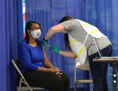 3/10/21 Tippecanoe County vaccinates residents, Thometra Foster, Receiving Vaccine
