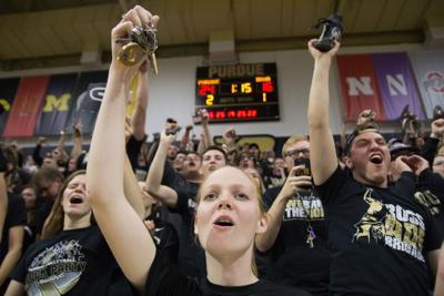 11/12/16 Iowa, Fans