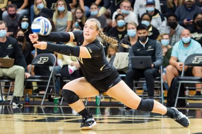 10/2/21 Rutgers, Marissa Hornung lunges for the ball