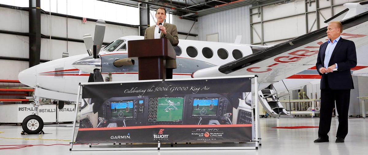 Elliott Aviation Garmin-001