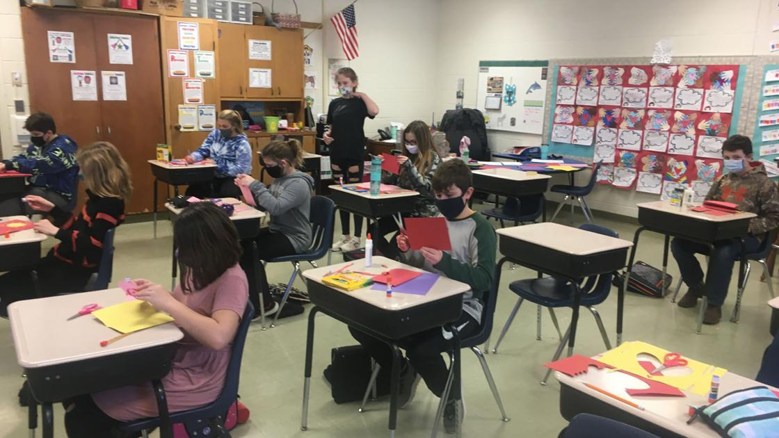 Matherville students make 250 Valentine's Day cards for seniors