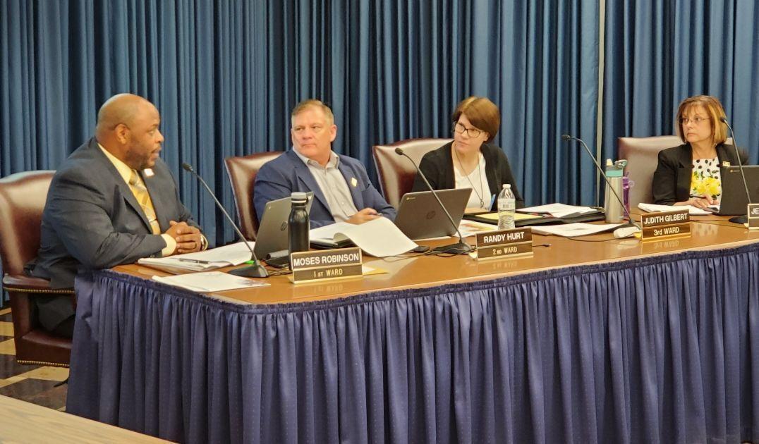 Moses Robinson at Rock Island city council
