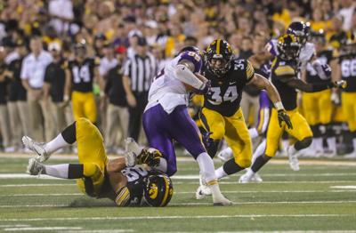 Welch Back To Being Iowa Footballs Middle Man