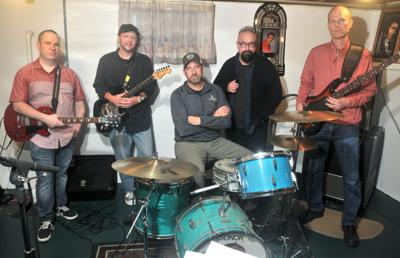 Popular Quad-Cities band Einstein's Sister.