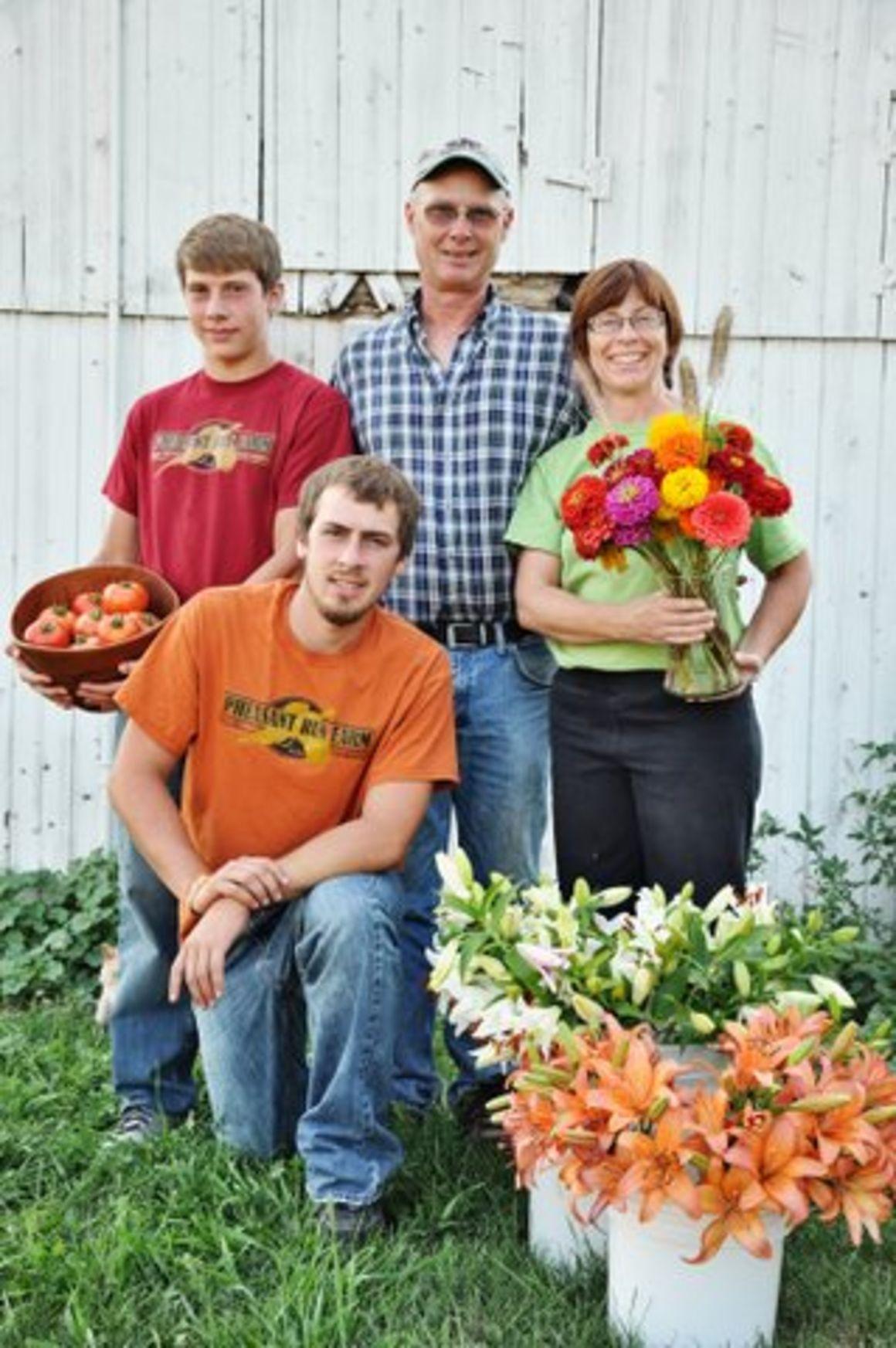 Pheasant Run Farm: Flowers and produce abound at Iowa farm