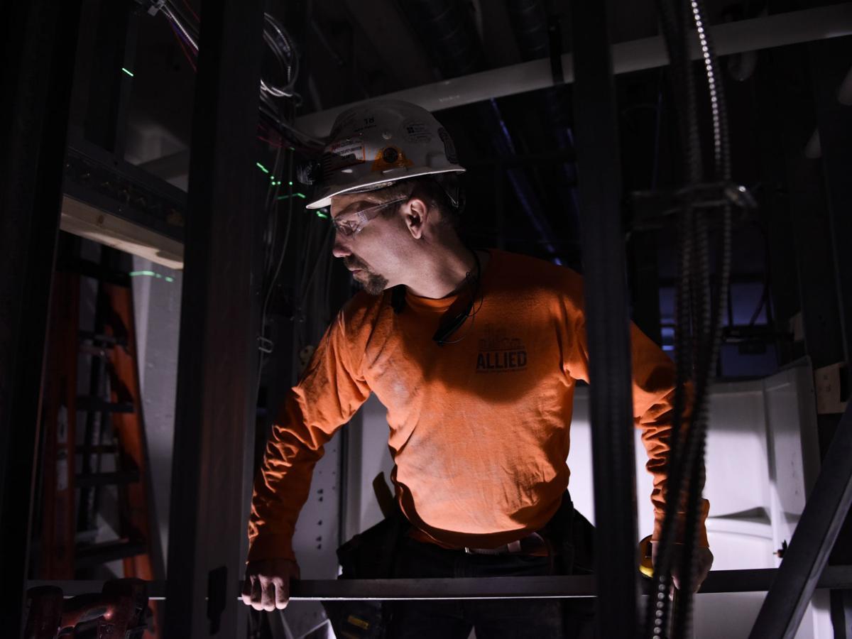 092718-carpenter-future-jobs-01a.jpg