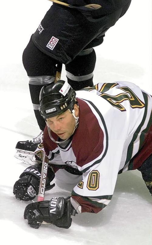mallards hockey... 10/10/99