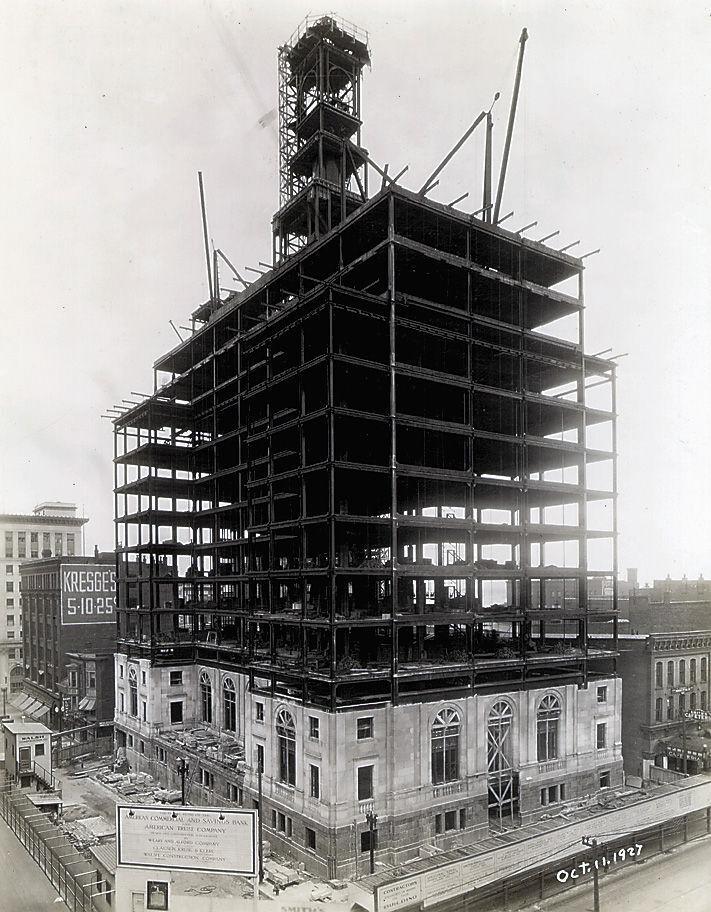 19271011 -- Davenport Bank & Trust Co. Building
