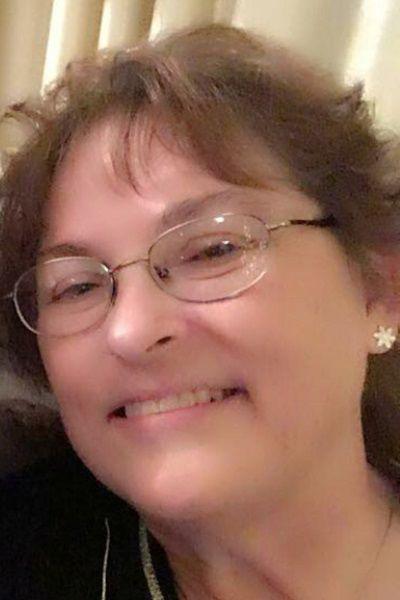 Penny L  Hewitt | Obituaries | qconline com
