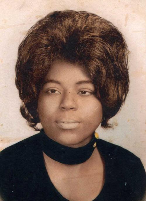 Linda Burnette | Obituaries | qconline com
