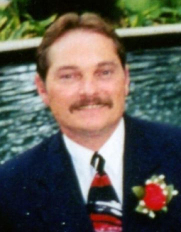 Michael Ward Obituaries Qconline Com