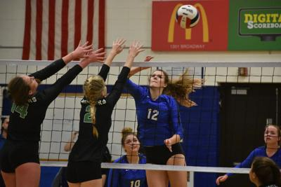 Alleman at Quincy volleyball