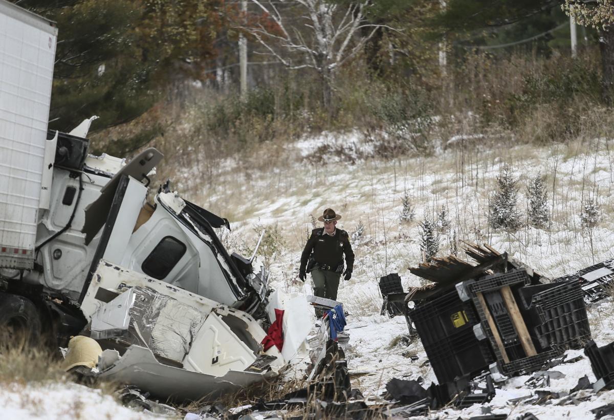 111119-mda-nws-accident-08.jpg