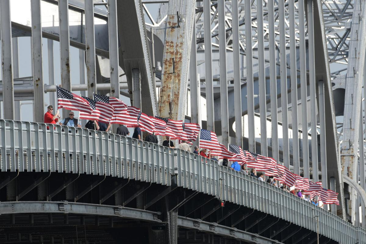 061519-mda-nws-bridgeflags-168a.jpg